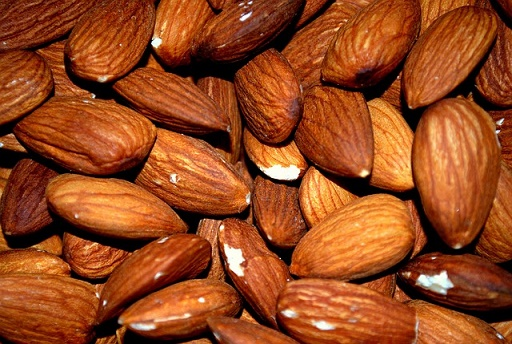 Almonds (Sweet and bitter)